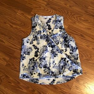 Just Fab floral top